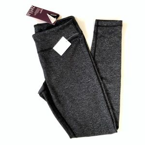 NWT Zella slim fit live in leggings